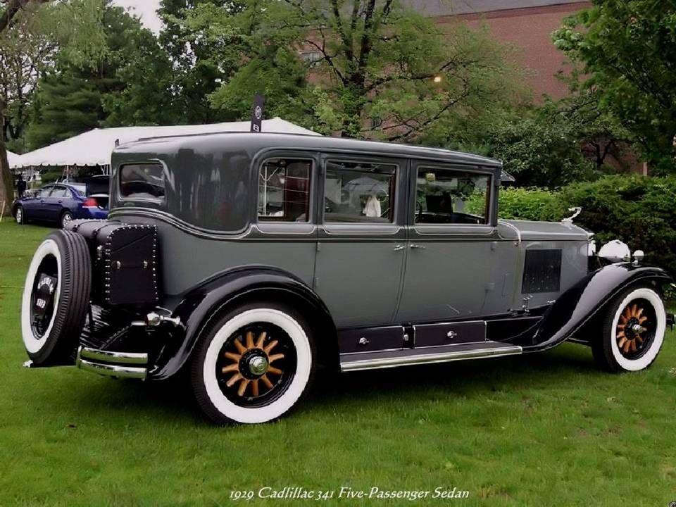 Cadillac 341 Five-Passenger Sedan von 1920 | Vintage Cars 1 ...