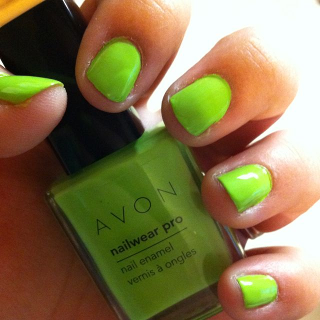 St. Patrick\'s Day Nails: Avon\'s Nailwear Pro Sweet Mint | Uñas ...