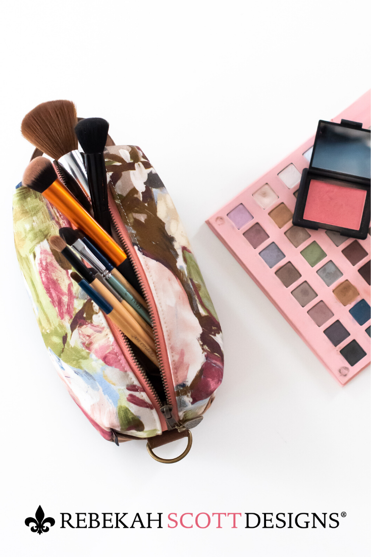 Think toiletry bag but much cuter! Fill your Kinley Cube