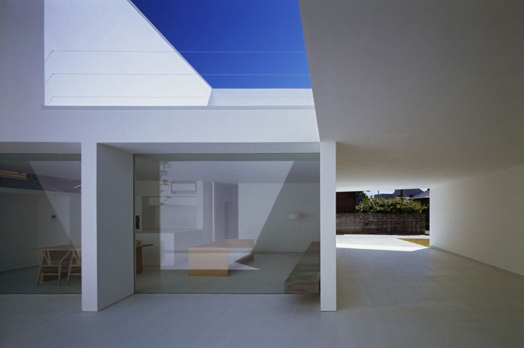 White cave house by takuro yamamoto architects archifan for Casa minimalista blog