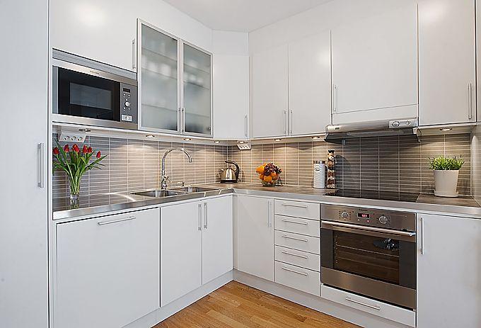 Download Wallpaper Kitchen Units In White