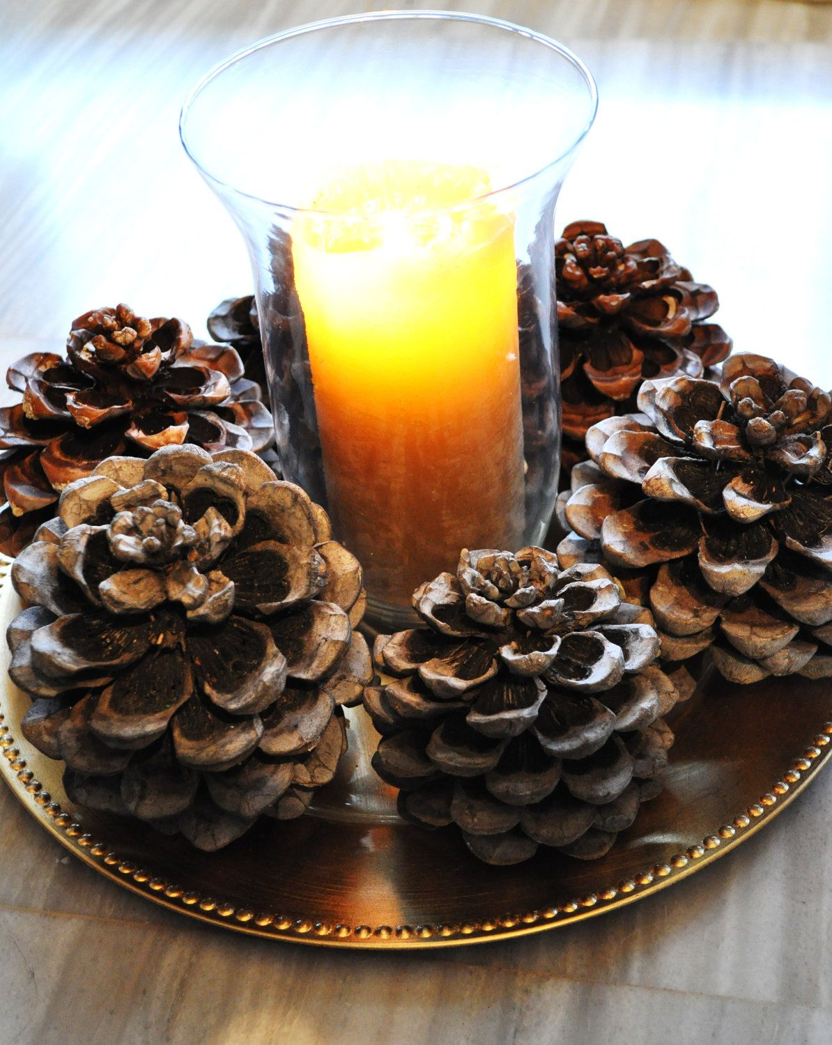 Pinecone candle plate get the christmas look