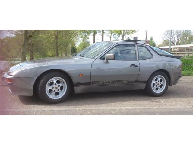 Ik heb deze advertentie op AutoScout24 gevonden. Porsche 944 2.5 Coupé Targa - Verkoopprijs € 5.000,- http://www.autoscout24.nl/Details.aspx?id=252218982
