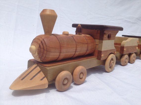 Wooden Toy Steam Locomotive Train Set With Removable Lid