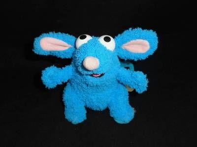 Wowwee Chip Robot Toy Dog White Big Blue House Jim Henson