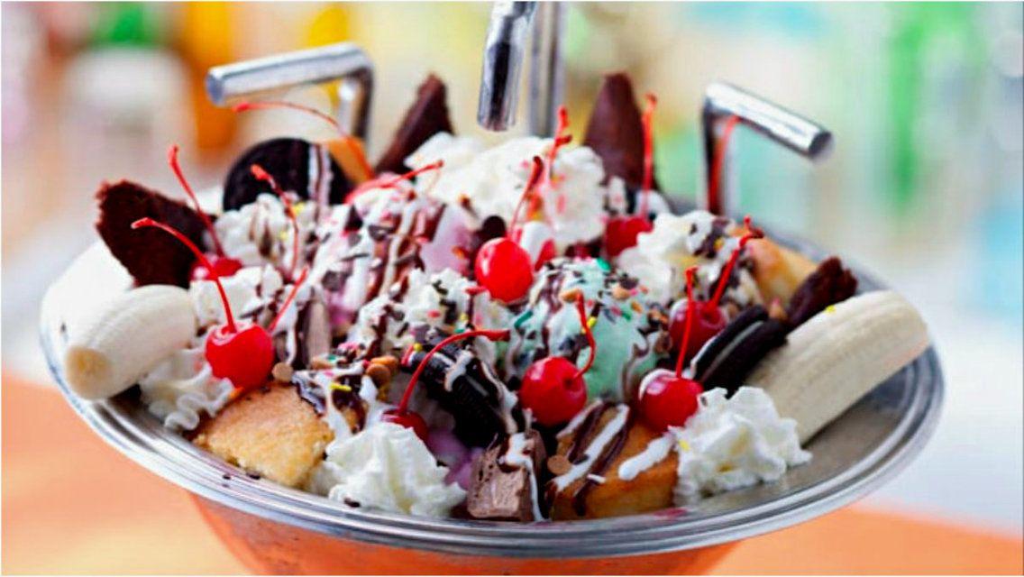 Kitchen Sink Beaches Cream Soda Shop At Disney S Beach Club Resort Best Disney Restaurants Disney Restaurants Disney World Food