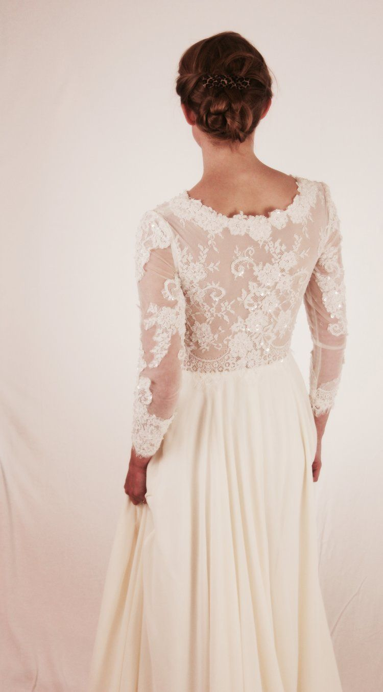 Anomalie: An online-first wedding dress company that works with ...