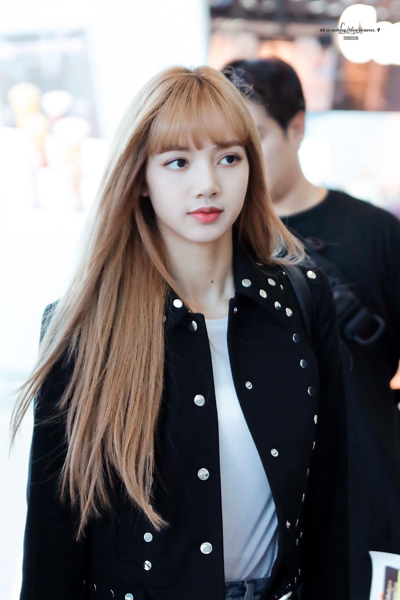 19960518 On Twitter Lalisa Manoban Blackpink Lisa Thailand Princess