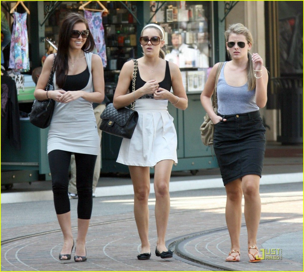 Denim Skirt Lo Bosworth Denim Skirt Celebrity Style Fashion