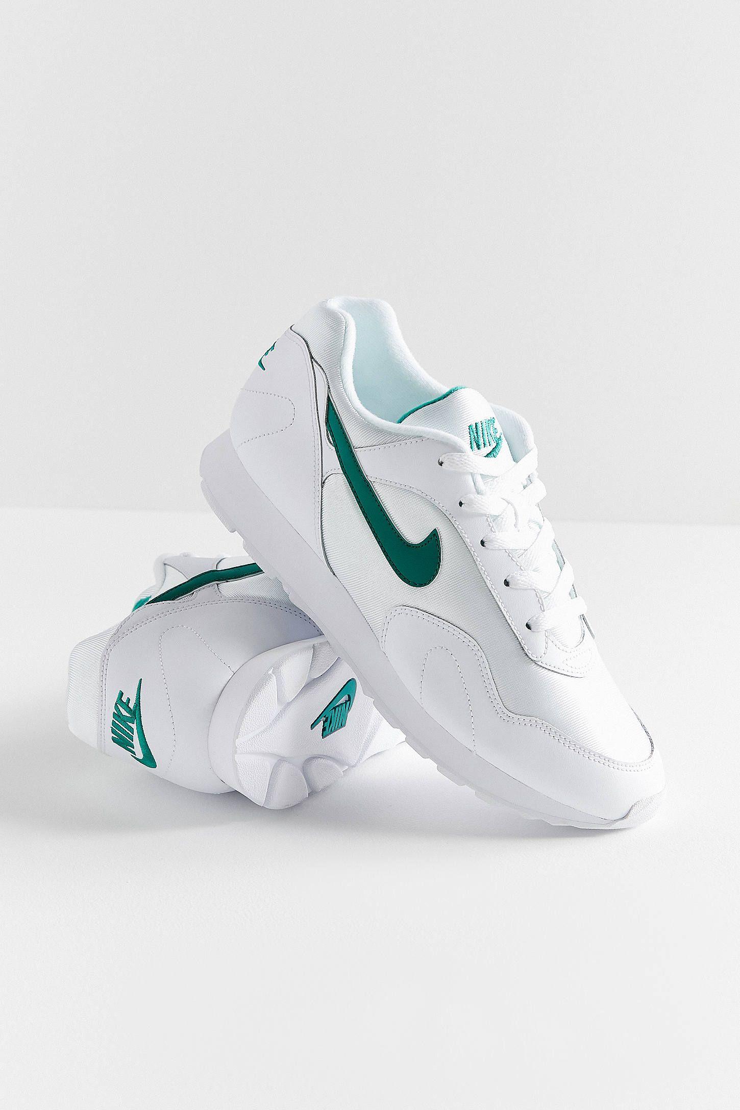 size 40 ebee7 518e2 Nike Outburst OG Sneaker