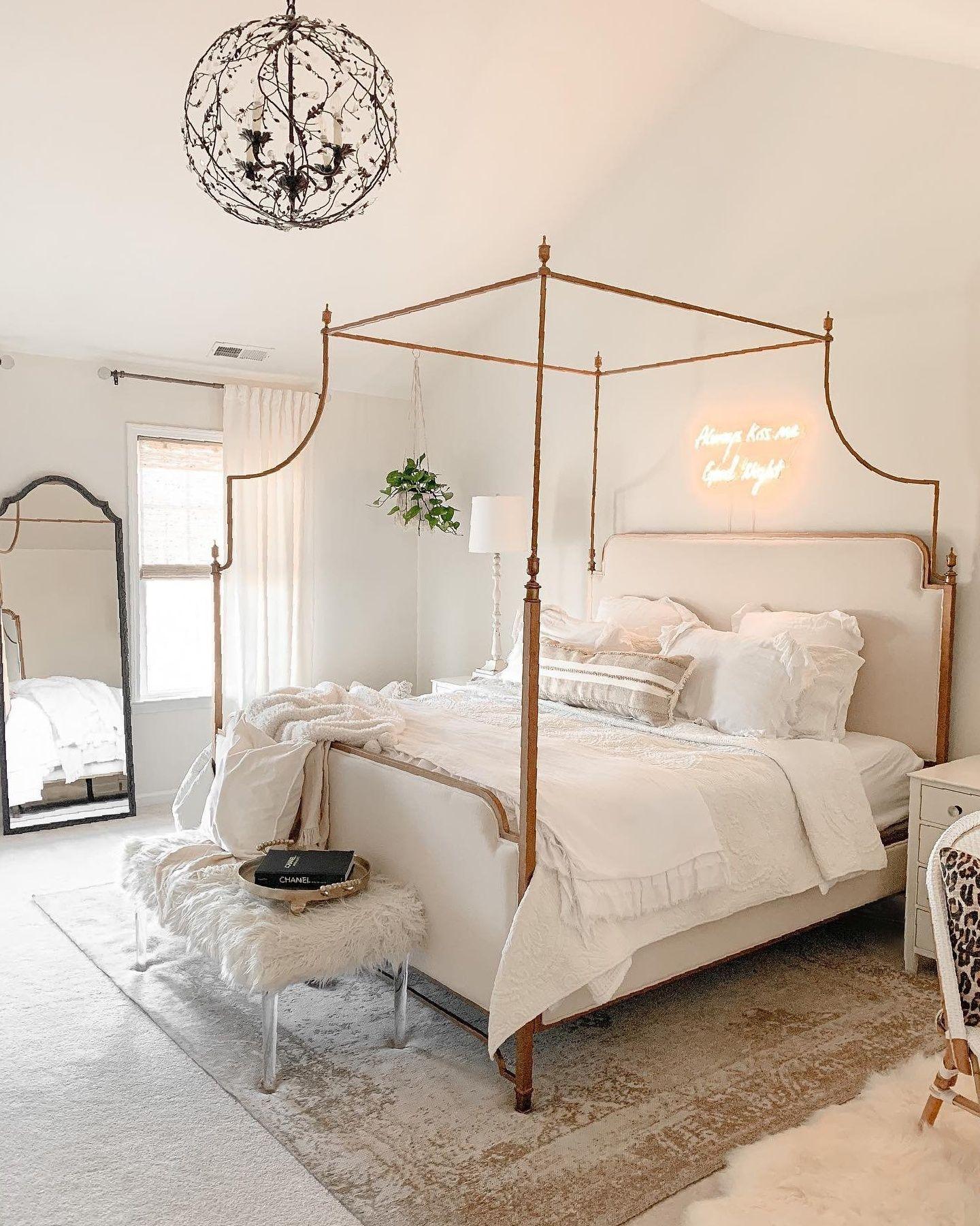 Rosamund Mirror | Ballard Designs in 2020 | Room decor ...