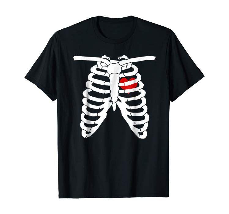 Skeleton Rib Cage Heart Gift T Shirt | Halloween skeletons ...