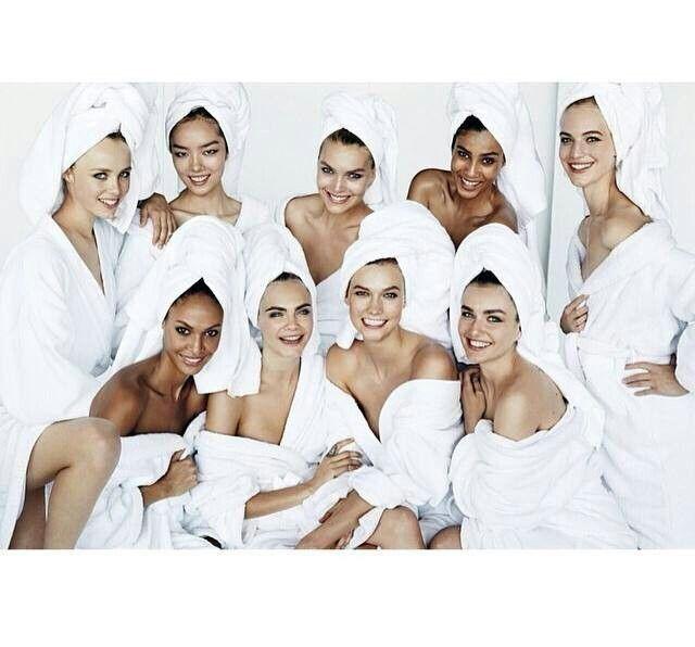 Heavenly Spa, Models galore!! Love Cara and Karlie