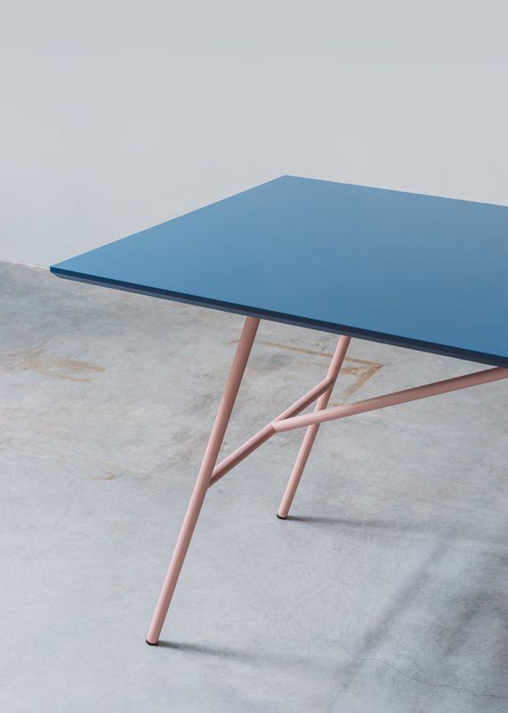 Table Adapt What Does A Wooden Panel Need To Becom A Table And How