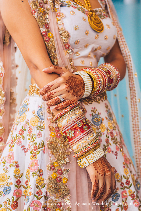 Understated Gold Jewelry Ideas for Bride