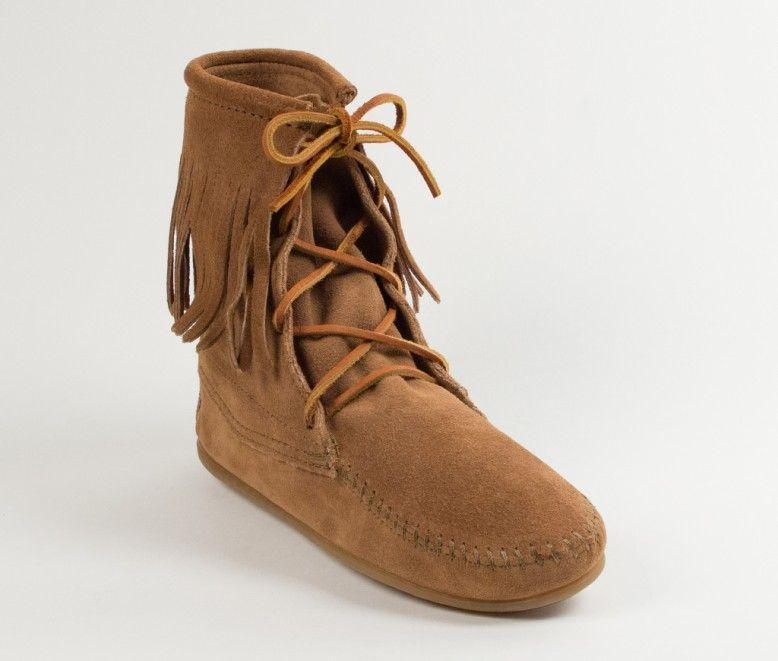 Tramper Boot In 2020 Minnetonka Fringe Boots Minnetonka Boots Moccasin Ankle Boots