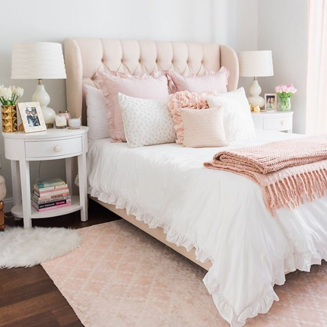Pastell, Schlafzimmer, Einrichtung, Wohnen, Günstiges Schlafzimmer, Schlafzimmer  Ideen, Mode Schlafzimmer, Glamouröses Schlafzimmer, Rosa Schlafzimmer