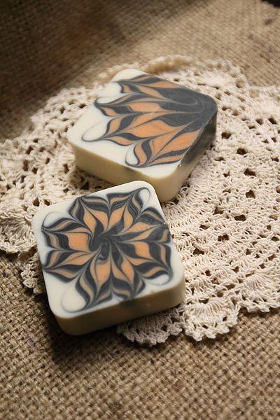 渲染拉花皂 @ 新竹 蕓皂坊 ~手工皂 :: 痞客邦 ::   Swirl soap. Soap recipes. Handcrafted soaps