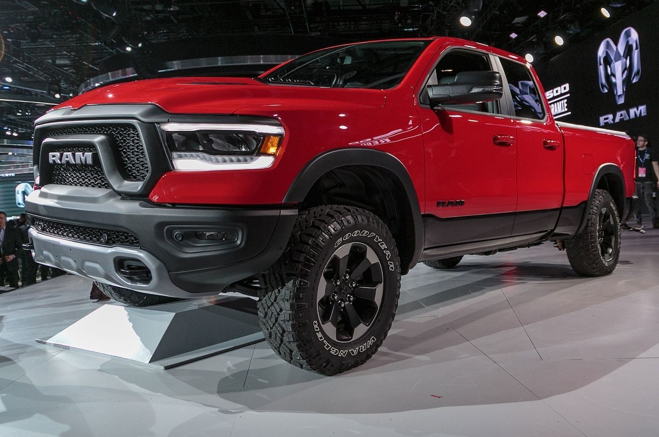 New 2019 Ram 1500 Ecodiesel First Drive Cars Review 2019 Power Wagon Dodge Power Wagon Ford Ranger