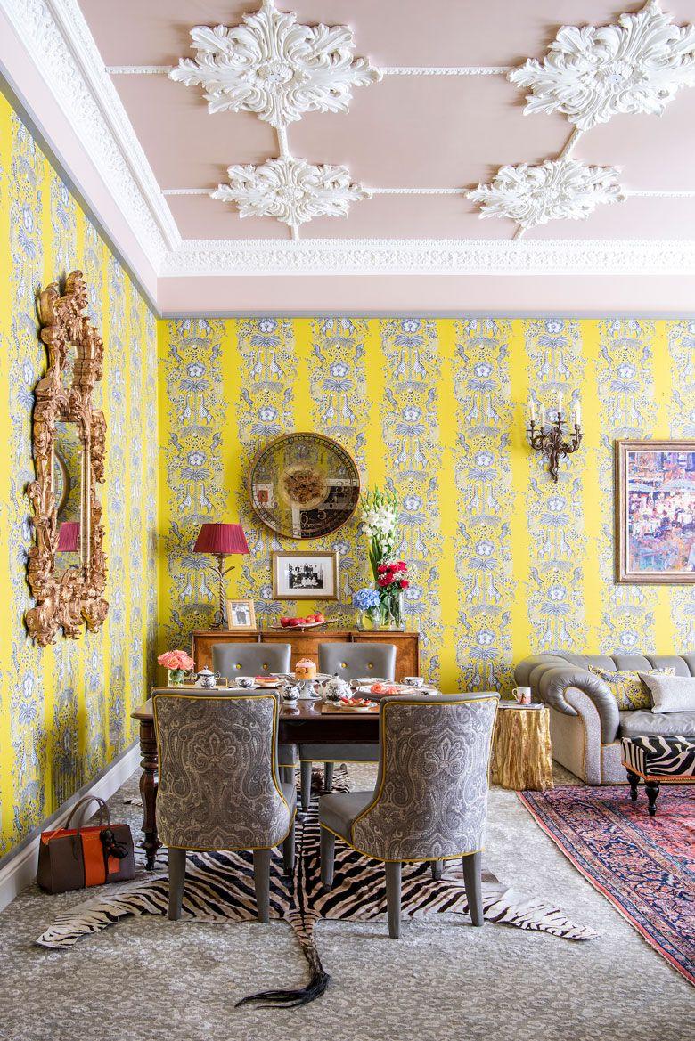 Grand Living Room: Grand Millennial Interior, New Traditionalist Interior
