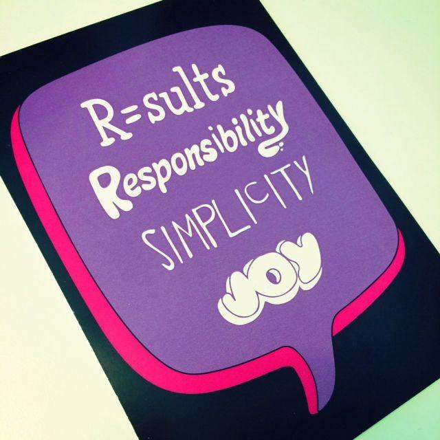 """Arvomme lyhyesti RRSJ! HR:ssä vastuuta riittää, mutta hauskaakin pitää olla. Emme pidä raskaista paperinmakuisista prosesseista, joten """"Keep it Simple""""!"""
