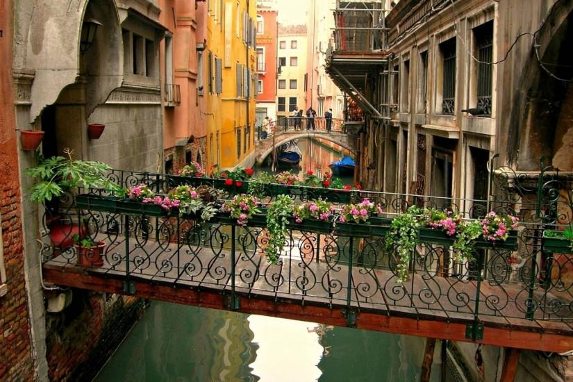 Italy Wallpaper Download Free Amazing Hd Wallpapers Of Italy For Desktop Computers And Smartphones In Any Resolutio Bridge Wallpaper Beautiful Places Venice