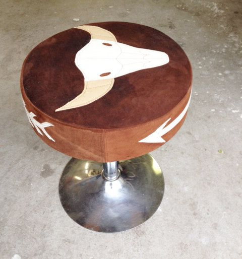 Bull skull footstool door Lolarosestitchshop op Etsy