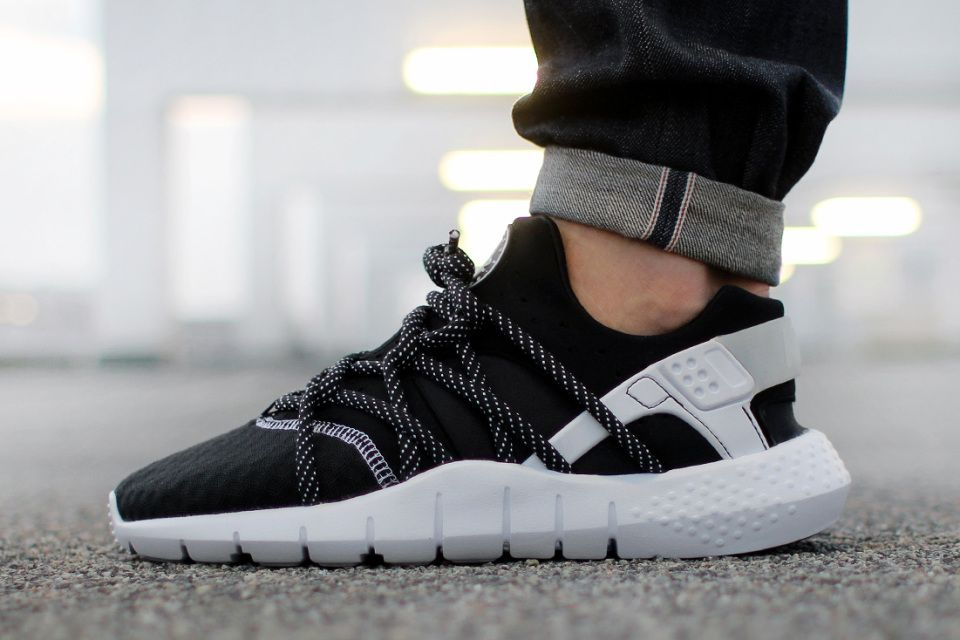 nike huarache for men black