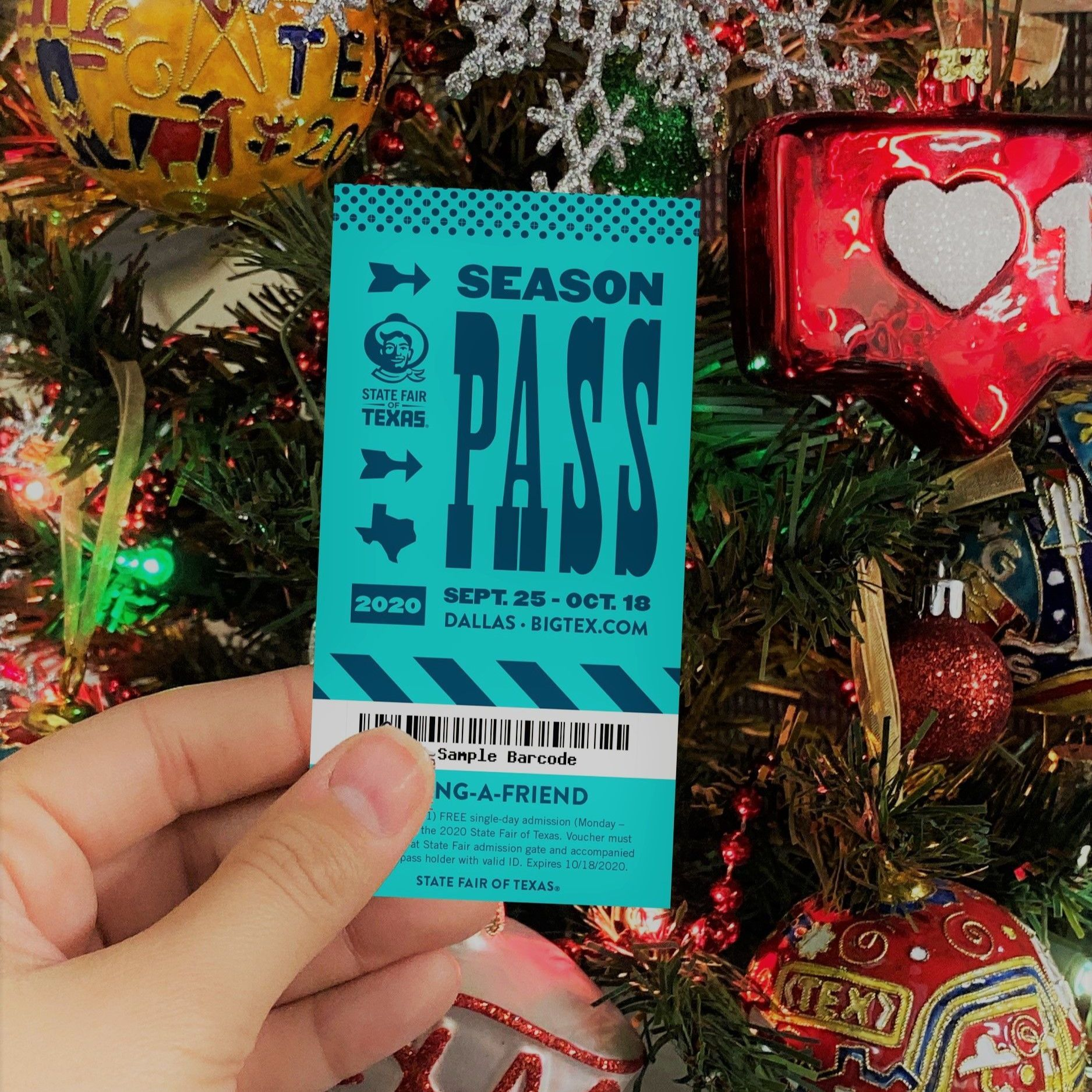 Give The Gift Of Texas This Holiday Season With A State Fair Of Texas 2020 Season Pass Take 10 Off When You Use Promo Cod Texas State Fair State Fair Seasons