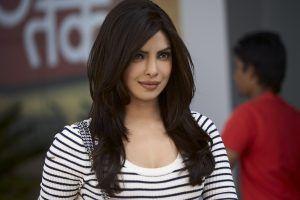Priyanka Chopra Hd Wallpapers Deepika Padukone Hd Pics Bollywood
