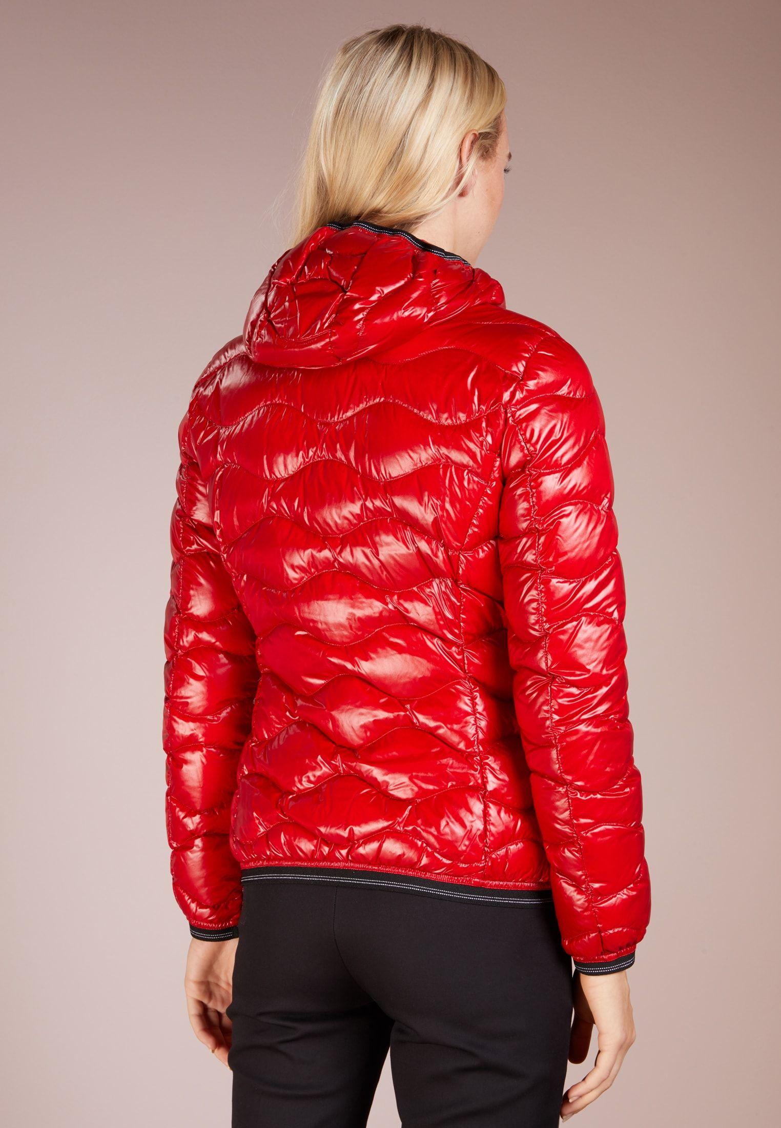 pretty nice d6b42 8232b Pin auf NYLON outerwear