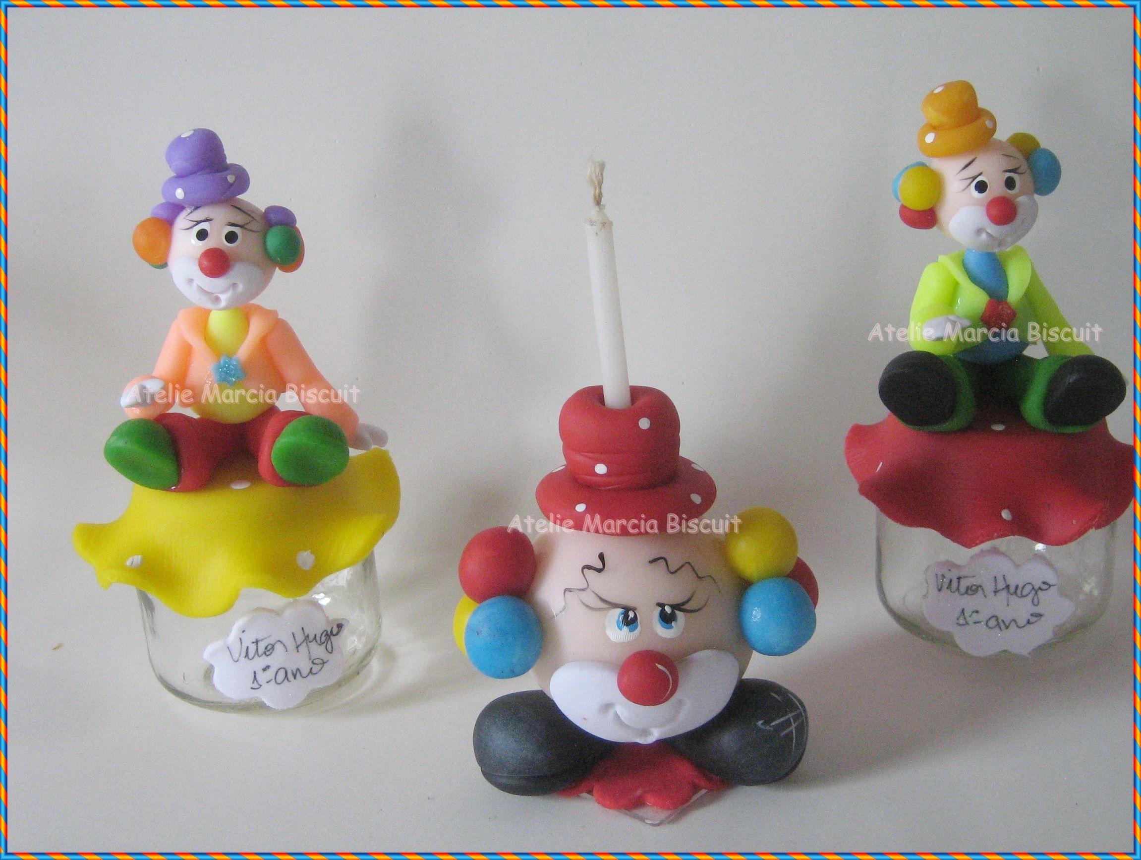 Potinhos de papinha e topo de bolo vela tema circo.