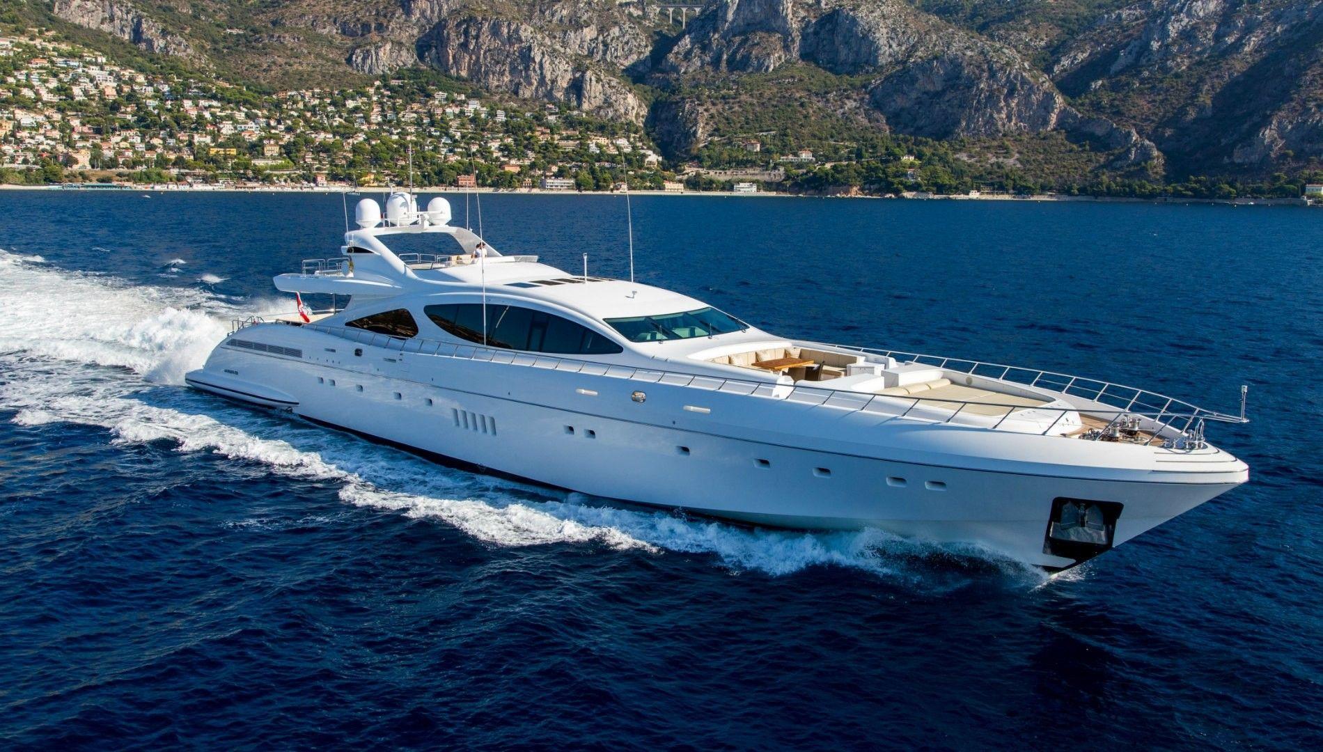 Mangusta 165 Superyacht Yate De Lujo En Venta Con Burgess It S