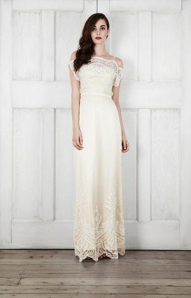 Art Deco Design - Dreamy Off-the-Shoulder Wedding Dresses - Photos