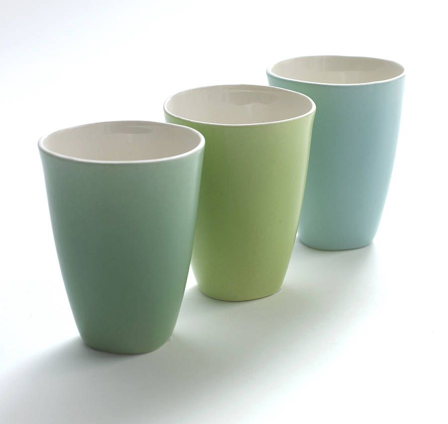 Lovely and versatile ceramic cups in six colours.   Cups ...