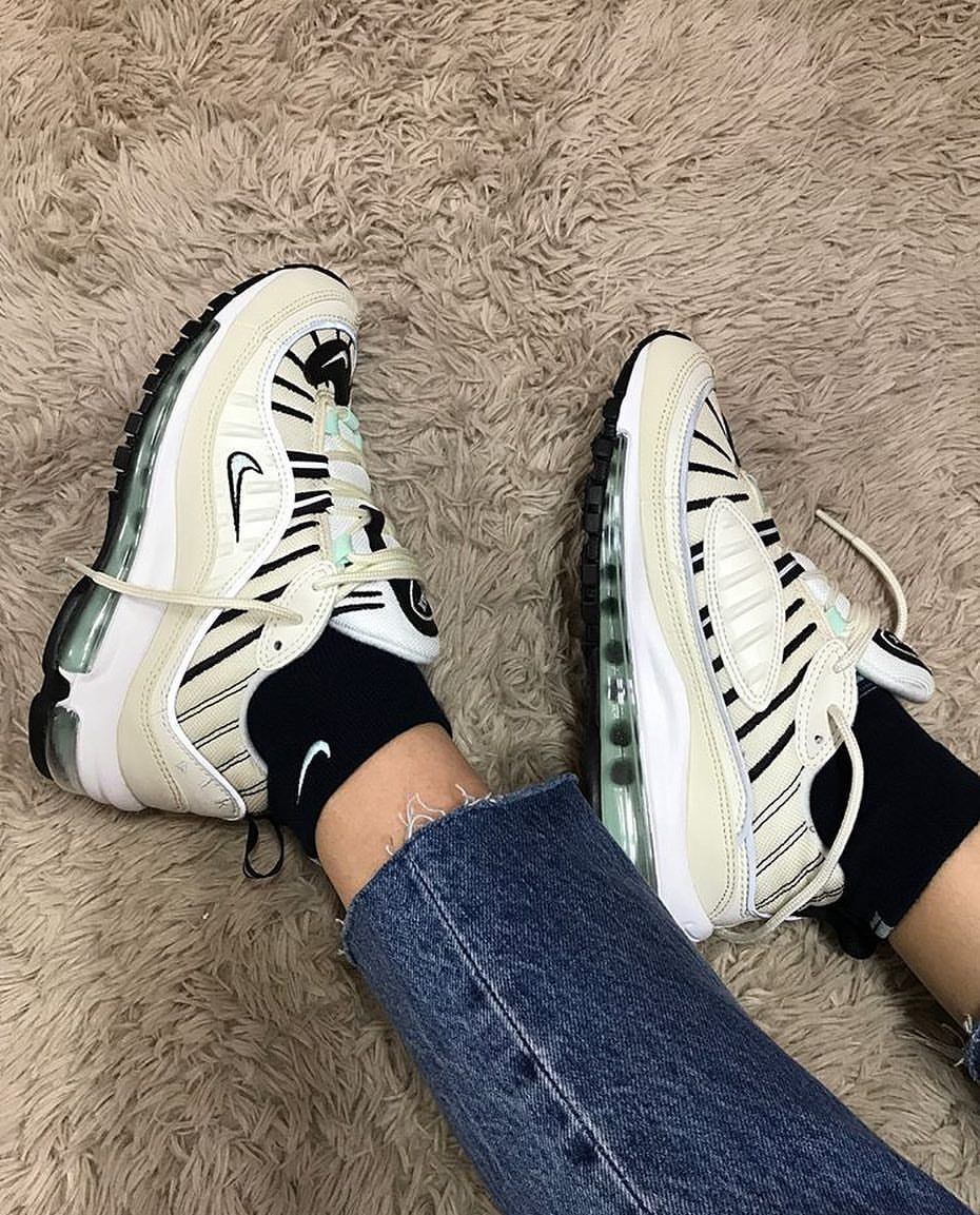 info for bed83 4c668 Nike Air Max 98 Igloo | //Stuff// in 2019 | Sneakers, Shoes sneakers ...