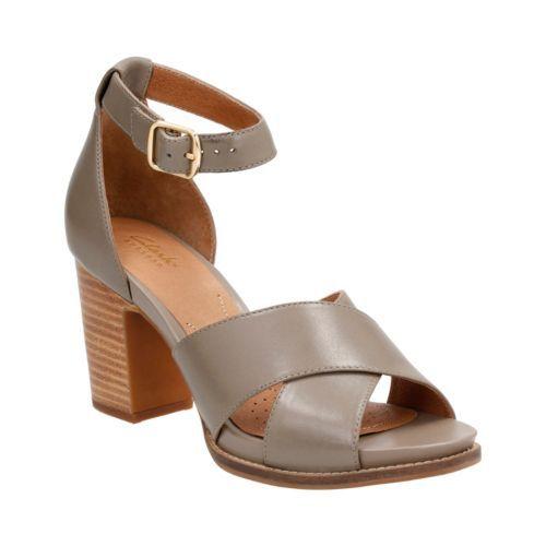 5a87e9a0dc868c Clarks Women s Briatta Tempo Ankle Strap Sandal Khaki Cow Full Grain Leather  Size 11 M