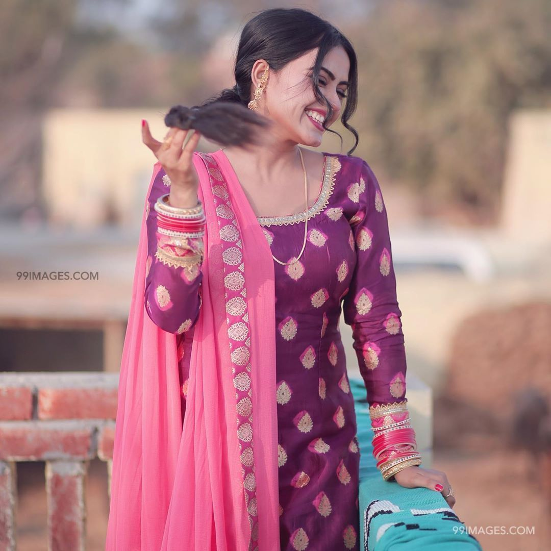 Pin On Simi Chahal Latest Hd Photos Wallpapers 1080p