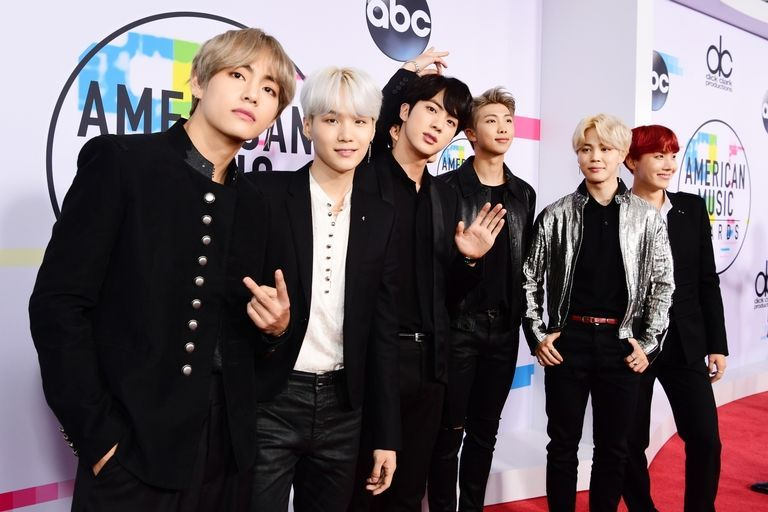 Bts Bring The Best Boy Band Style On The Amas Red Carpet American Music Awards Bts New Song Bts Boys