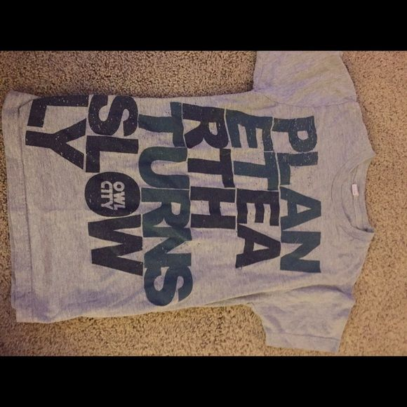 Owl city concert shirt This is a grey Owl City concert Tshirt from when they toured and came to Chicago Tultex Tops Tees - Short Sleeve