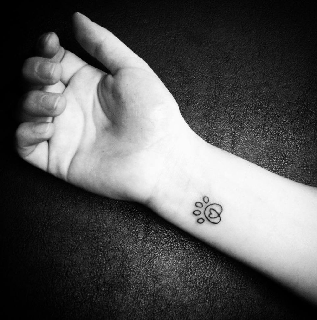 33+ Small & Meaningful Wrist Tattoo Ideas Page 40 of 40