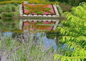 4d81cad257c58fdee1d5a54c5018753a - Wellfield Botanic Gardens In Elkhart Indiana