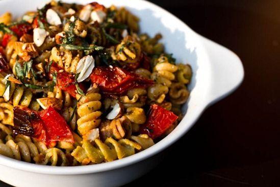 Vegan pesto - rosted tomatoes