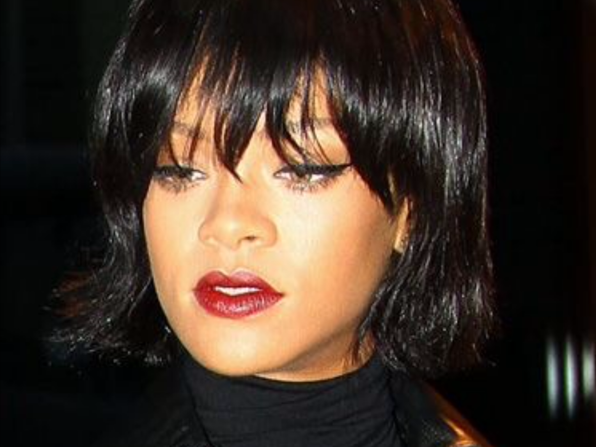 Pin By Mimi Smoments On Riri Why She Slays In 2020 Rihanna Short Hair Short Hair Styles Bob Hairstyles