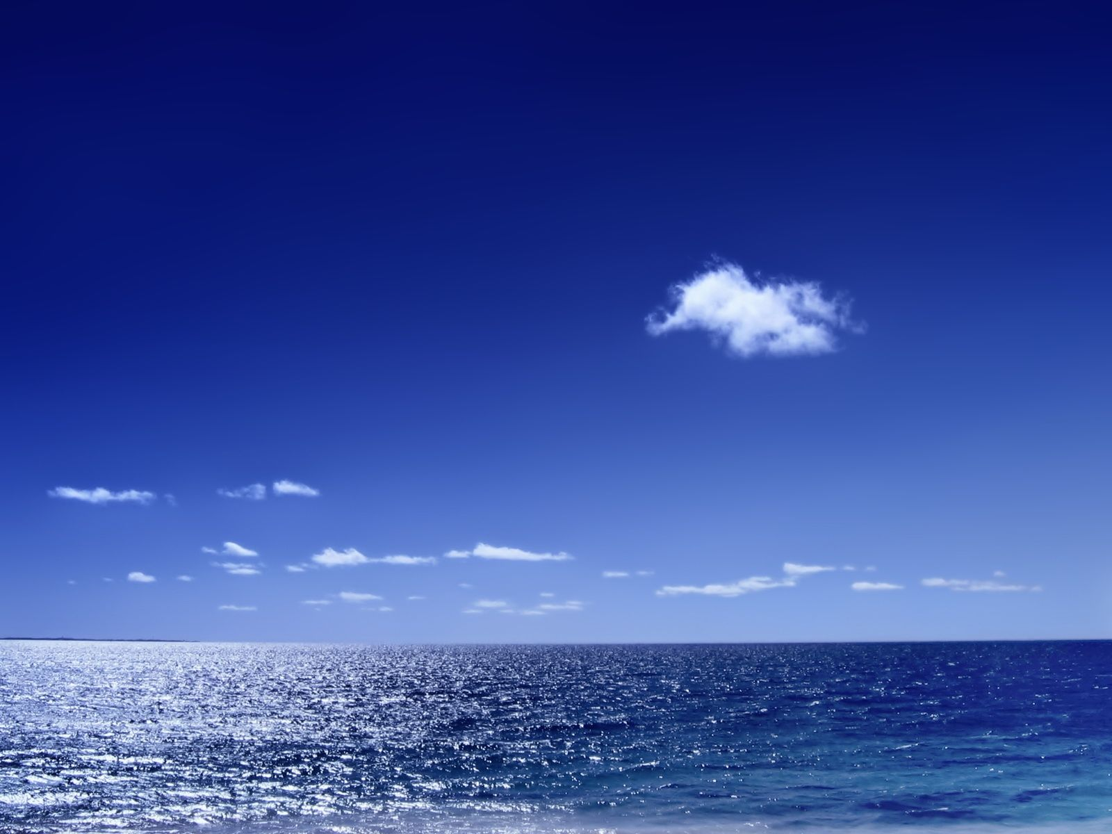 wallpapers and screensavers HD blue sky Wallpaper