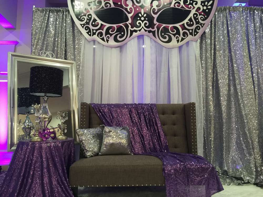 Masquerade Quinceañera Party Ideas | Photo 1 of 16 | Logan ...