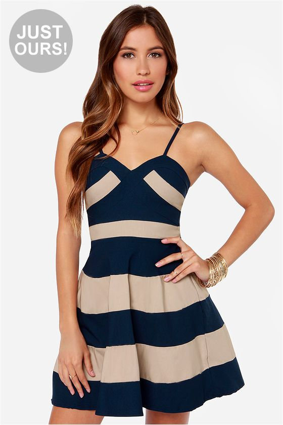 classic and simple navy and beige dress  summer  stripes 15b2a50df