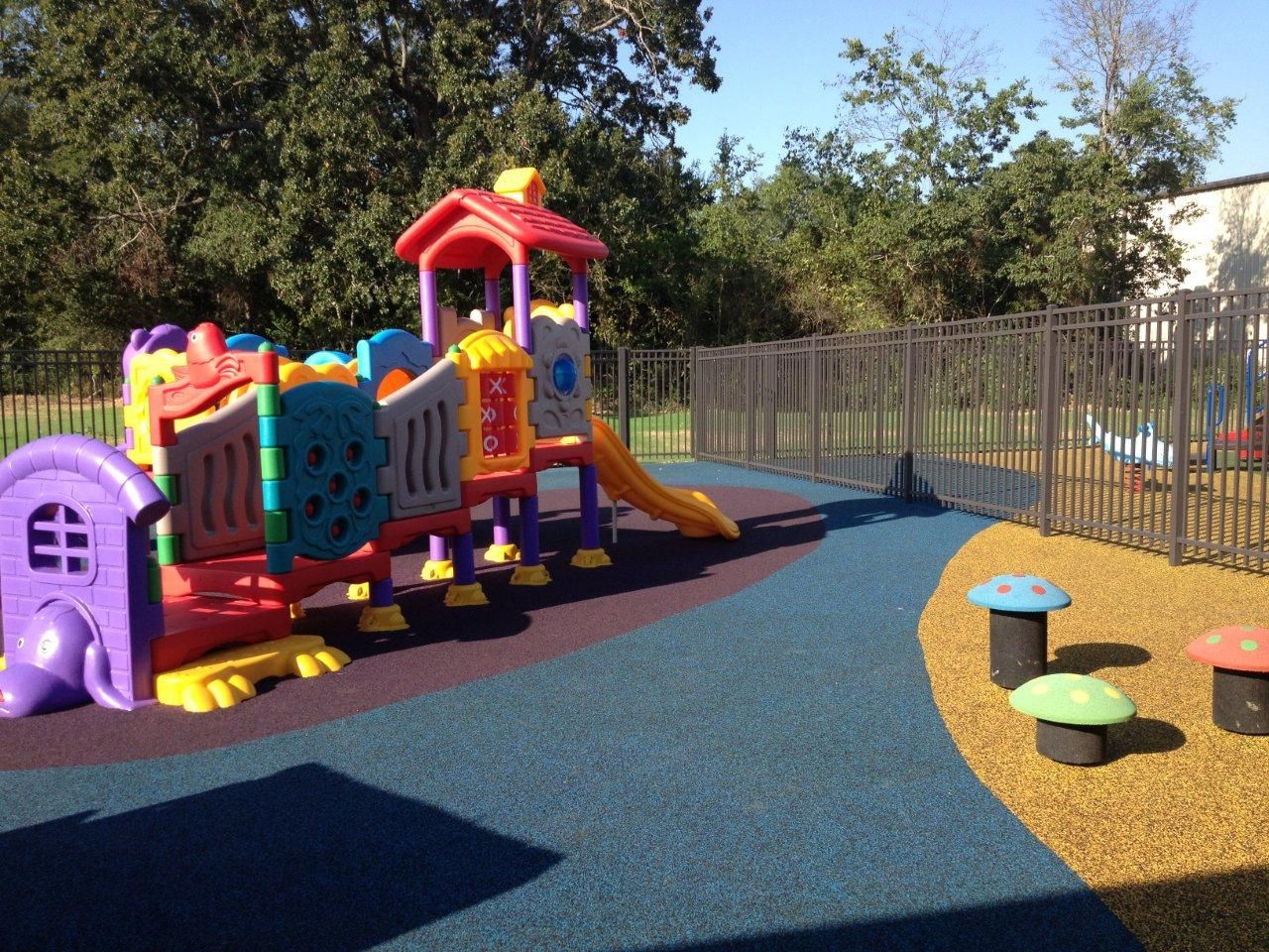 Inexpensive Outdoor Play Area Equipment for Daycare and ...