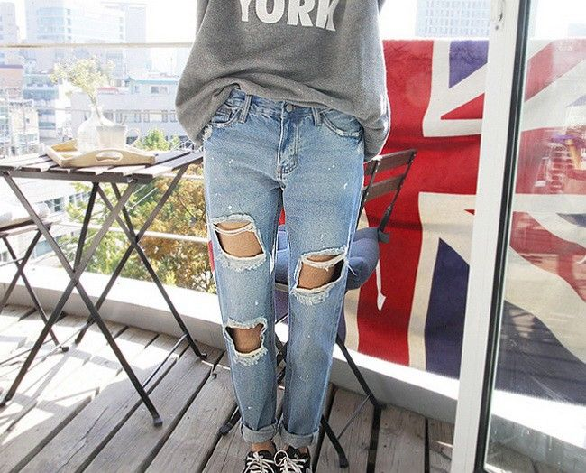 Ripped #jeans Click to Buy!