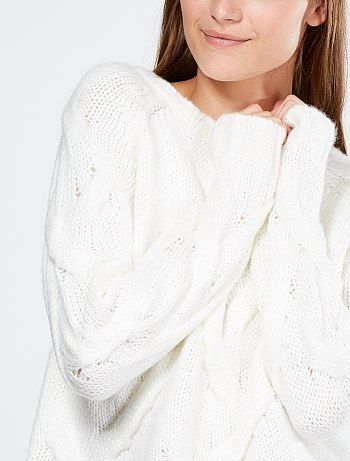 Jersey de punto tricotado con trenzas b… | tricot - mulher ...